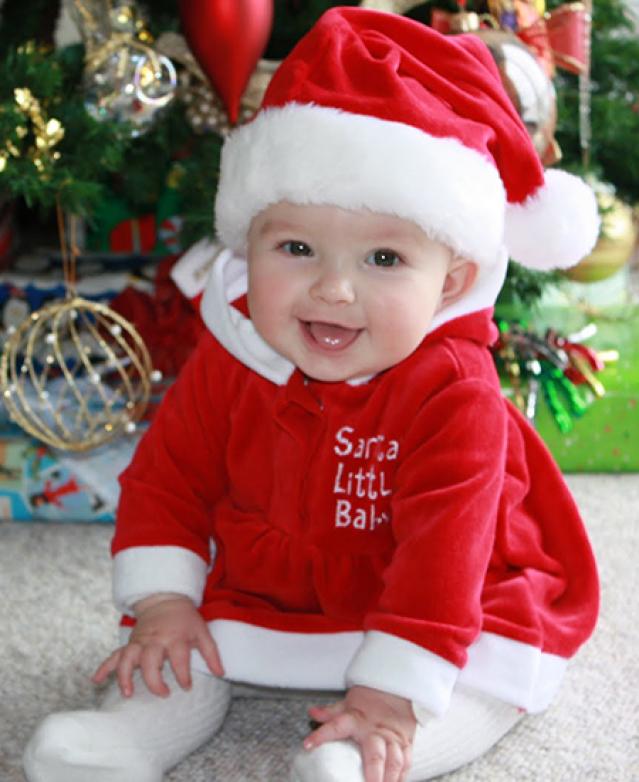 Babykleding Voor Kerst.Baby S In Kerstsfeer De Grappigste Baby Kerstoutfits Minime Nl