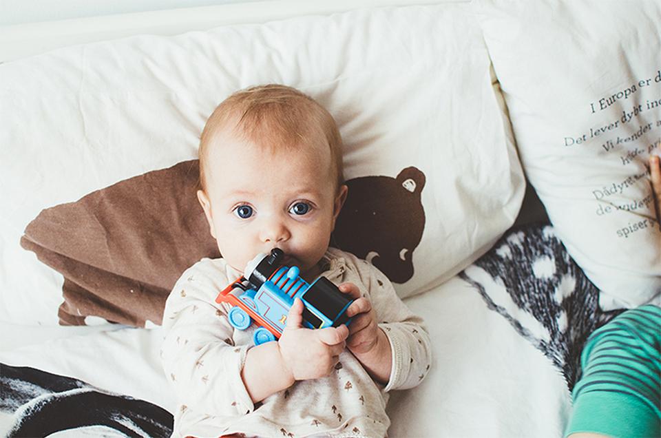 Eerste speelgoed baby