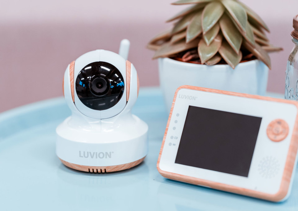 Gespot Babyfoon Met Camera Luvion Essential Limited Minimenl