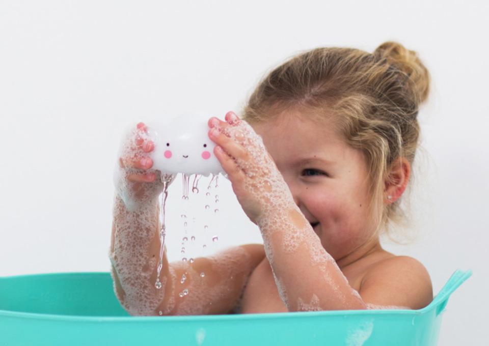 De leukste badspeeltjes voor uren badderplezier