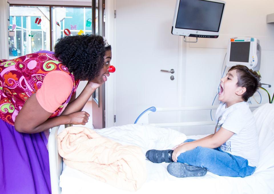 Onze dag in het ziekenhuis met de CliniClowns