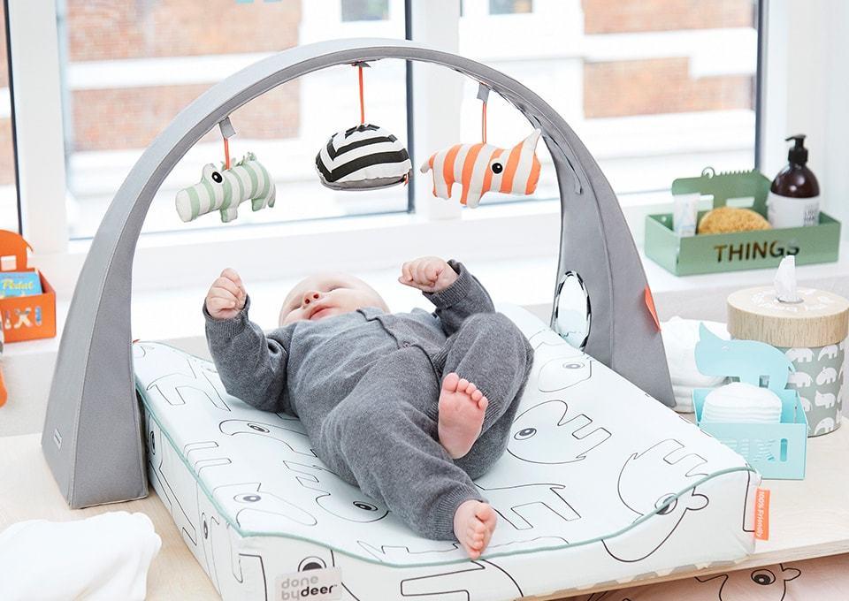 Baby Leert Rollen Minimenl