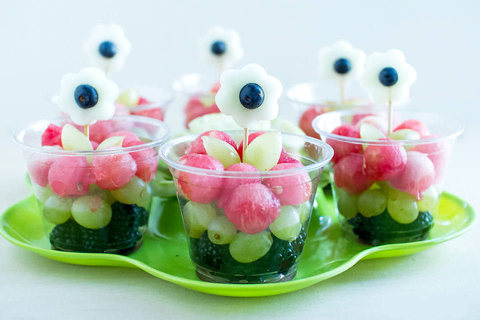 gezonde-traktaties-fruit-cups.jpg