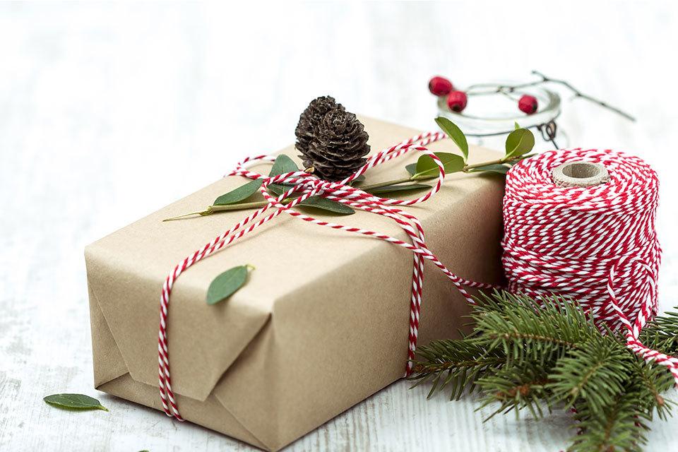 Kerstkadopapier zelf maken