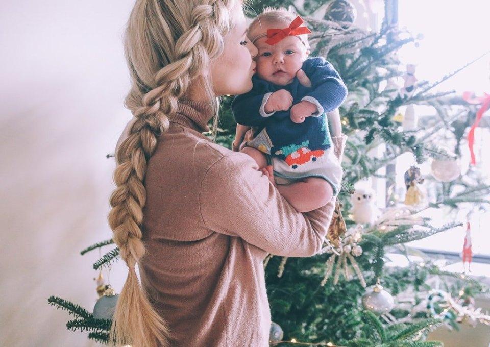 Aparte Babykleding.Baby S In Kerstsfeer De Grappigste Baby Kerstoutfits Minime Nl
