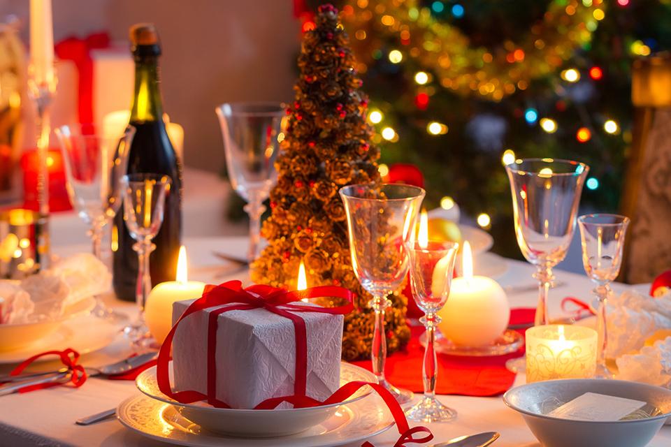 Kersttafel dekken: een mooi gedekte tafel voor kerst