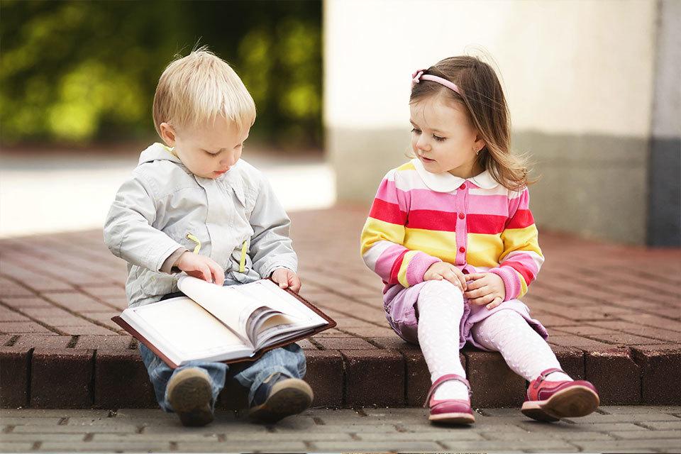 Thuisonderwijs geven: dagschema en goed lesmateriaal