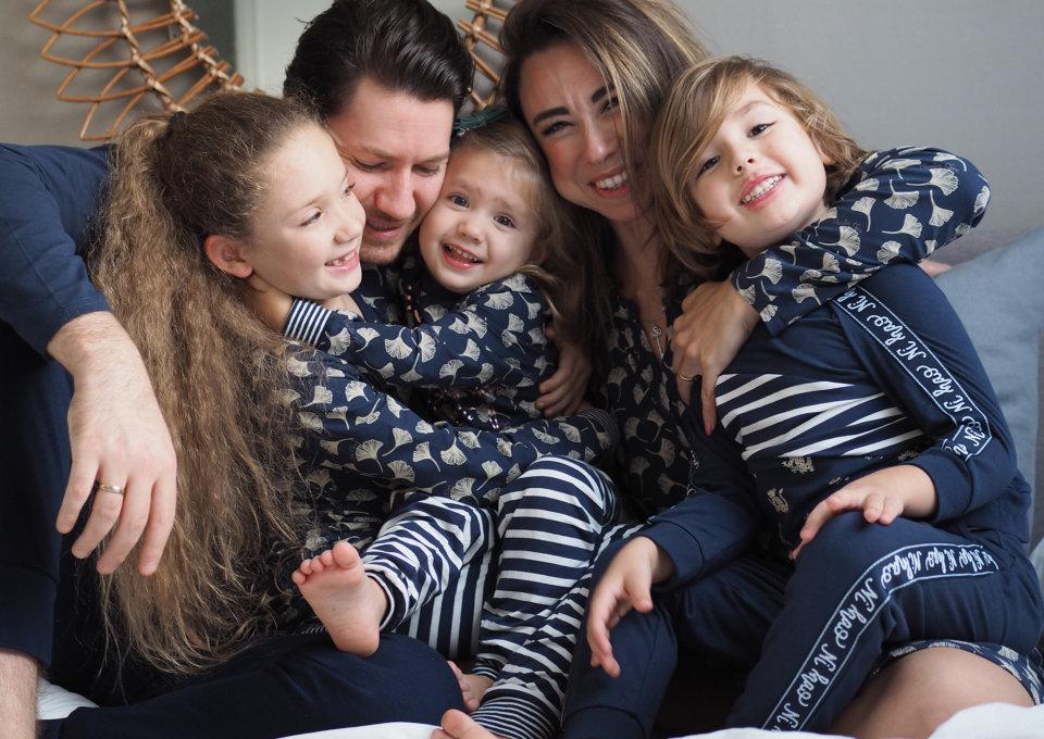 Gespot! Matching pyjama's voor de hele familie