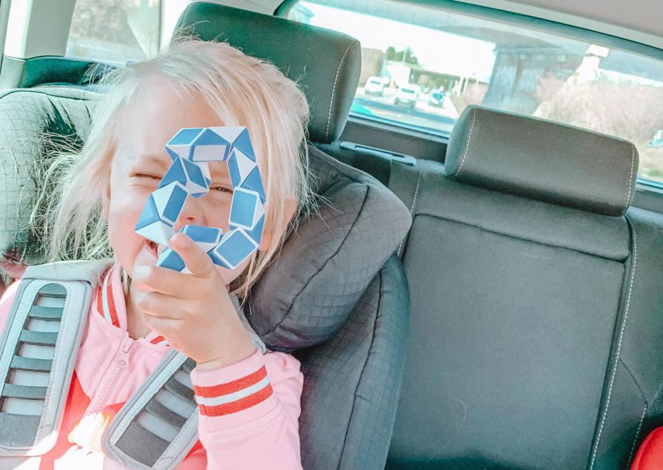 Veilig in de auto met kinderen: zo doe je dat!