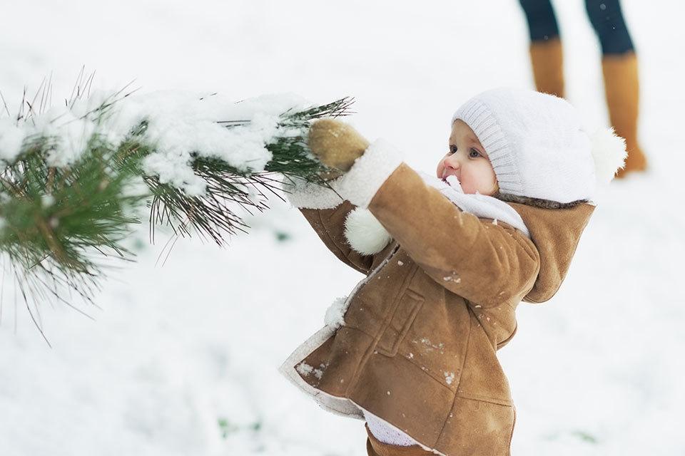 Baby's in kerstsfeer - De grappigste baby kerstoutfits
