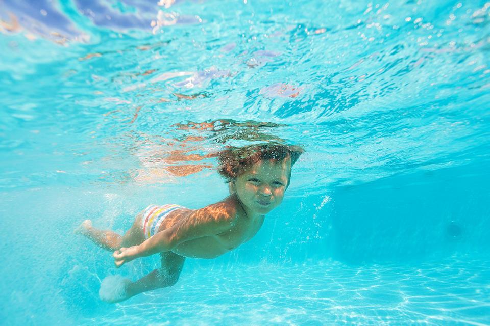 Overlevingszwemmen (rescue zwemmen) voor peuters